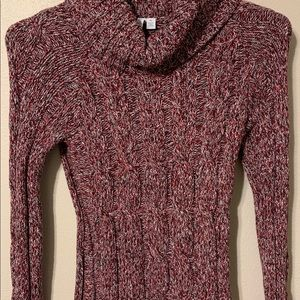 Burgundy weaved with grey tones beautiful sweater